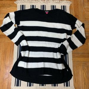 Vince Camuto Sweater Size S